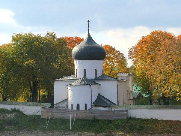Спасо-Преображенский Мирожский монастырь Пскова