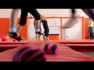 Фитнес на батутах в Flip&Fly