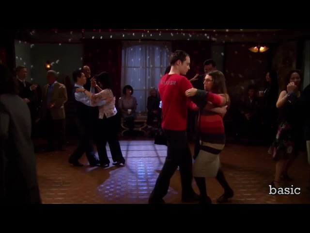 Sheldon and Amy dancing despacito