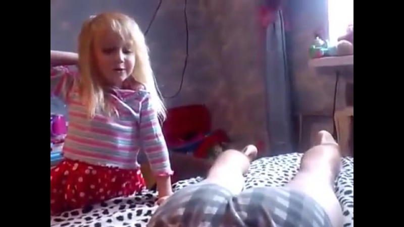 и дочь даче трахнулись видео папа на