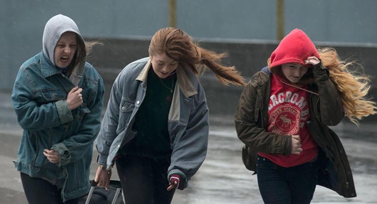 Шквалистый ветер продолжится в Томске в День Победы