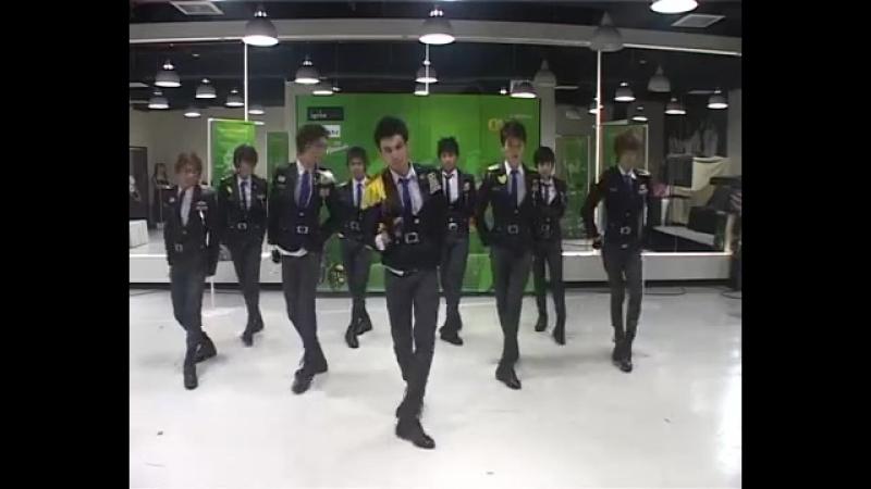 Boys Generation Cover SNSD Thailand Genie @NOKIA Asian Cover Dance Contest