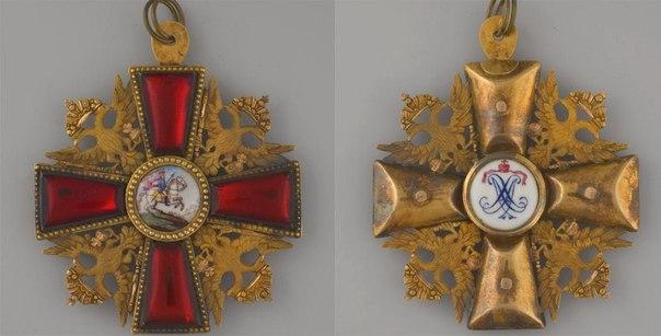 Знак в виде креста к ордену Св.