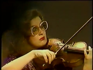 Dvorak - Serenata para cuerdas op. 22 - 2 de 6 (Tempo di Valse)