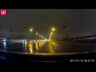 Дал угла на мосту Ал. Невского.