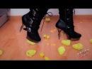 Lady Kati Crush Fetish - Demonia Chicks Walk