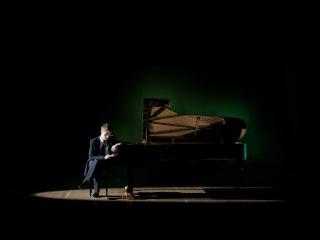 Sergey Belyavskiy plays Liszt's Sonata B minor S.178