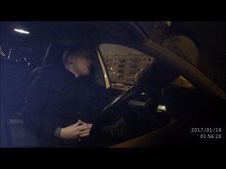Инспектор ДПС извиняется перед водителем