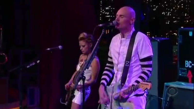 SMASHING PUMPKINS - That's The Way (My Love Is) (2007-07-09 - The Late Show With David Letterman, New York, NY, USA)