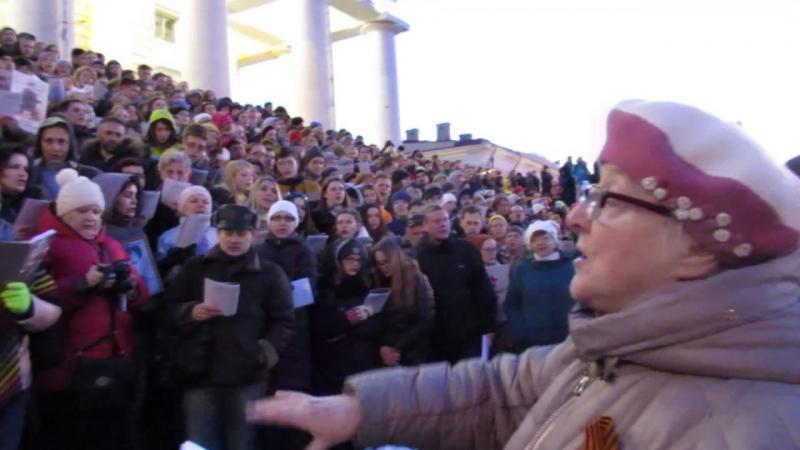 Сводный хор на Стрелке Васильевского Острова. 9 мая 2017 г.