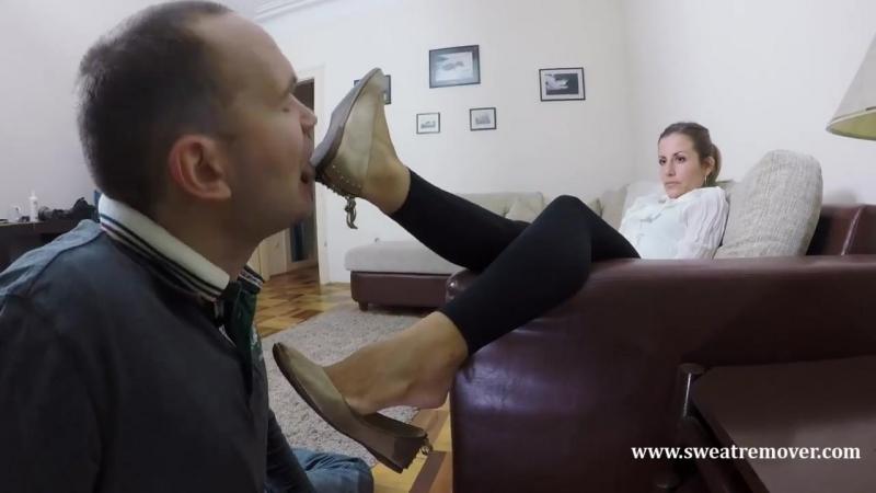 Foot fetish slave licking shoe feet femdom mistress bdsm fetish фемдом госпожа раб