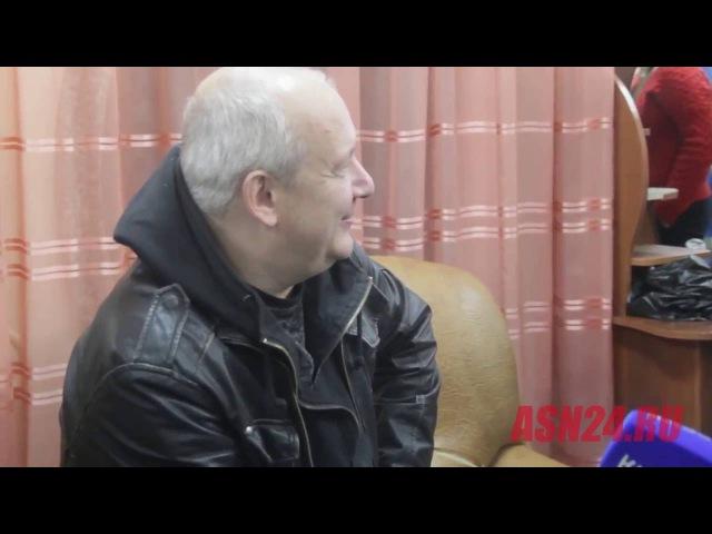 Актер Дмитрий Марьянов парит прямо во время интервью