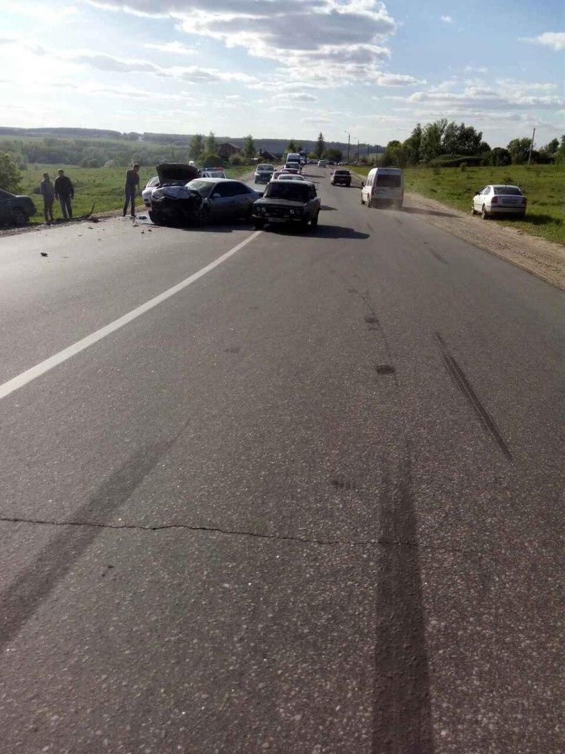 В результате ДТП пострадал водитель автомобиля «Мерседес Бенц»
