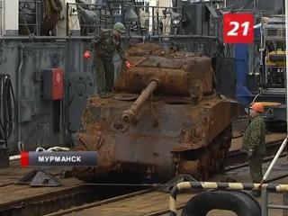 Американский танк Шерман в порту Мурманска