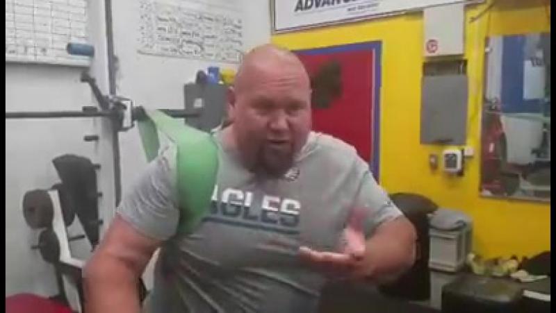 Донни Томпсон - упражнение для плеч