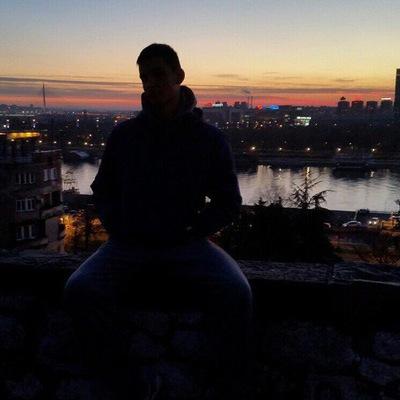 Yovan Elich, Beograd