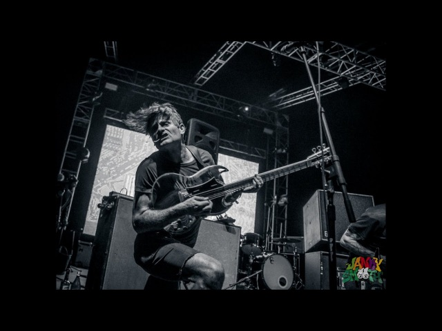 Thee Oh Sees- I Come From The Mountain LIVE at Desert Daze 2016