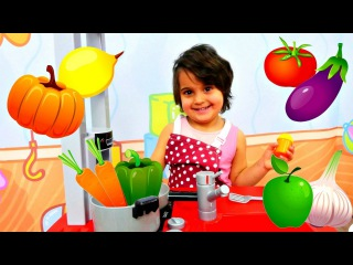 Meryem pazara gidip yemek yapıyor. Meyve sebze isimleri öğreniyoruz. #Anasınıfıoyunları