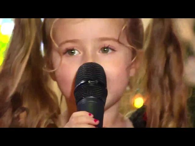 Маленькая девочка классно поет 'А ты меня любишь'♪