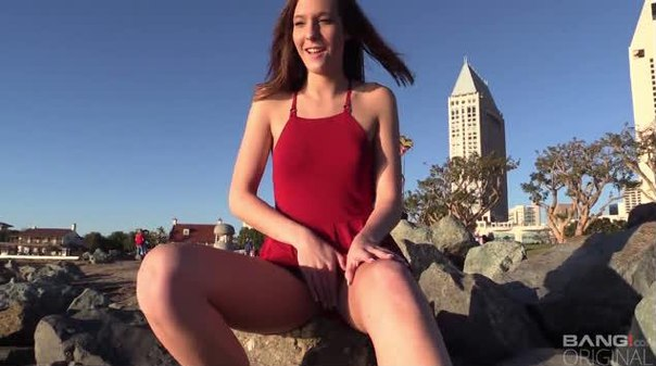 BangRealTeens – Molly Manson Is Glad She Packed A Dildo