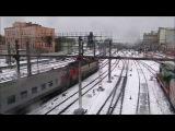 Электровоз ЭП20-037 с пассажирским поездом №143 Кисловодск - Москва прибывает на Ка ...