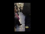 Танцор в метро