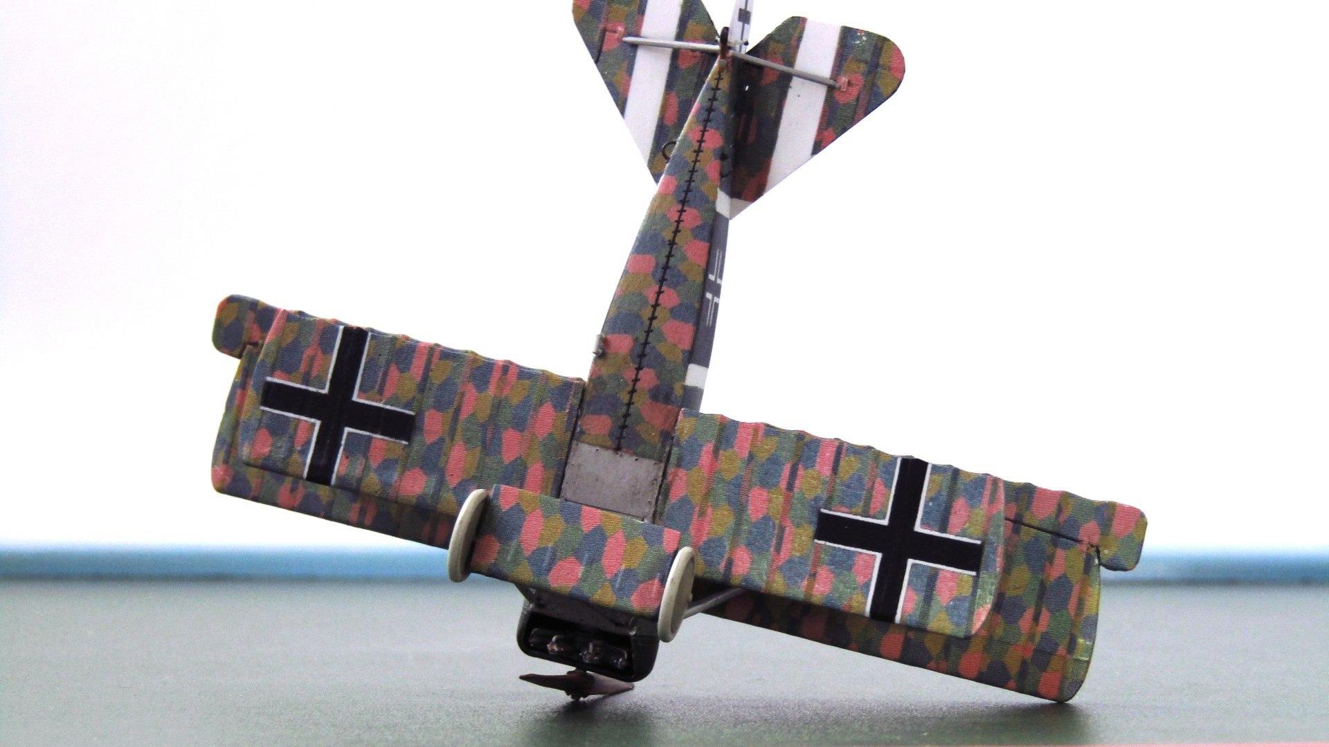 Fokker D.VI 1/72 (Roden)  G-yT-8mOApw