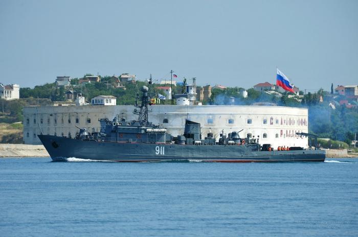 ТАГМЕТ поздравил экипаж подшефного тральщика Черноморского флота с Днем ВМФ России