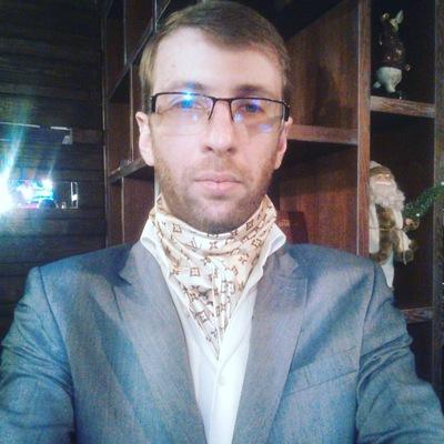 Александр Левадний