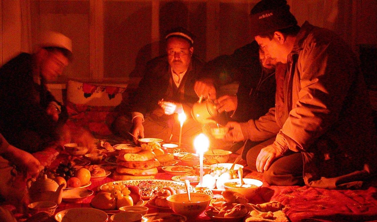Регионы Таджикистана начали получать электроэнергию по 17 часов в сутки