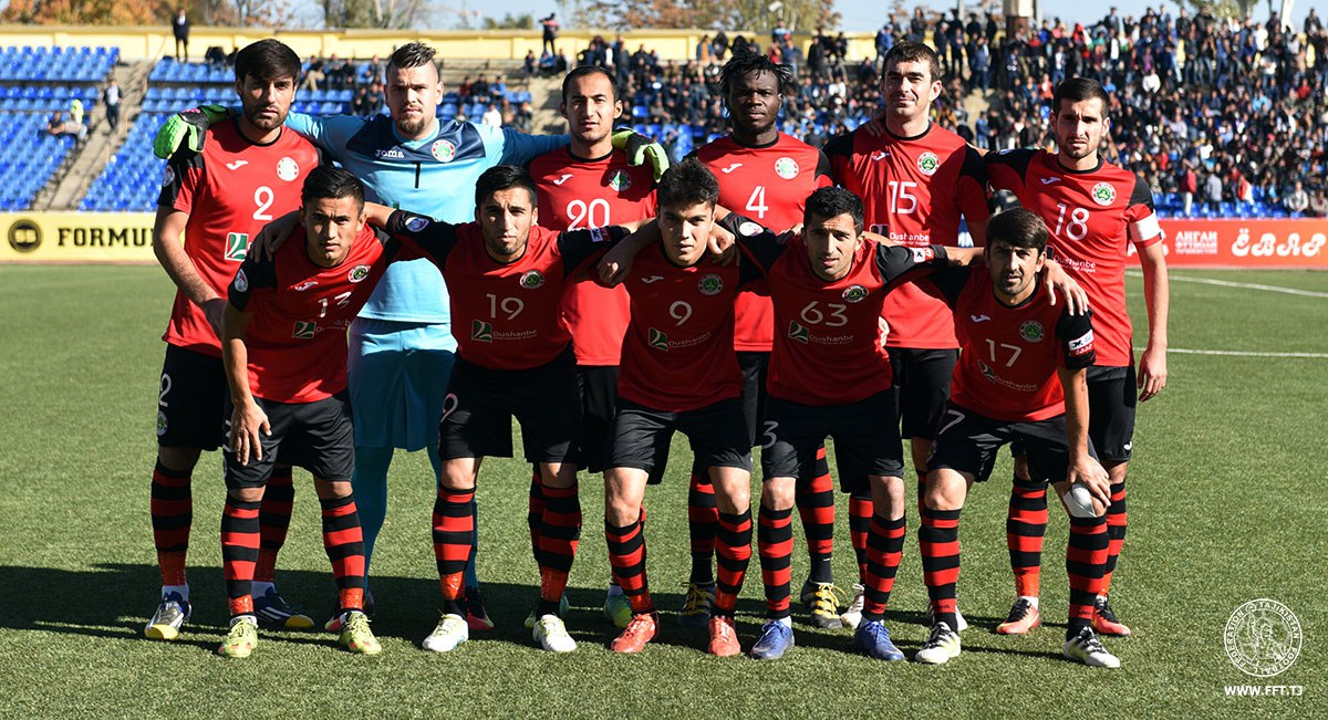 Чемпион Таджикистана по футболу проведет сбор в Турции