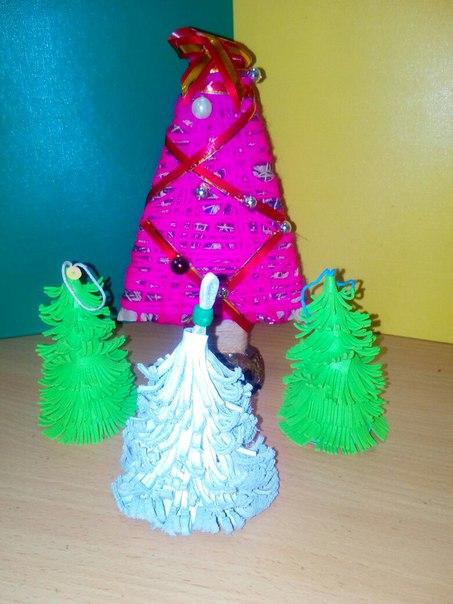 Приглашаем за новогодними сувенирами ручной работы в ЦТДиМ 'Маладик'.