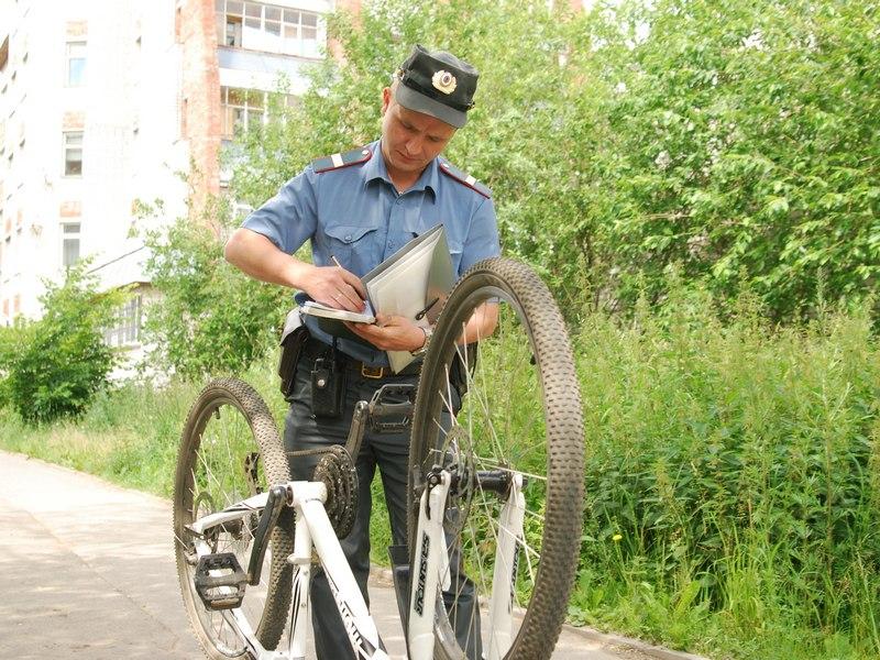 Таганрогские сотрудники угрозыска задержали вора, укравшего 2 велосипеда