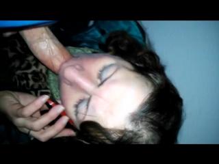 Домашнее порно сасет в подъезде