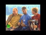 Казак сыграл Путину на балалайке и станцевал .