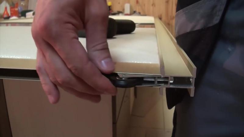 7 Шкаф купе своими руками Установка нижних роликов раздвижных дверей смотреть онлайн без регистрации