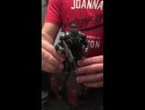 Анбоксинг фигурки Маркуса Феникса по игре Gears of war 4 от компании McFarlane