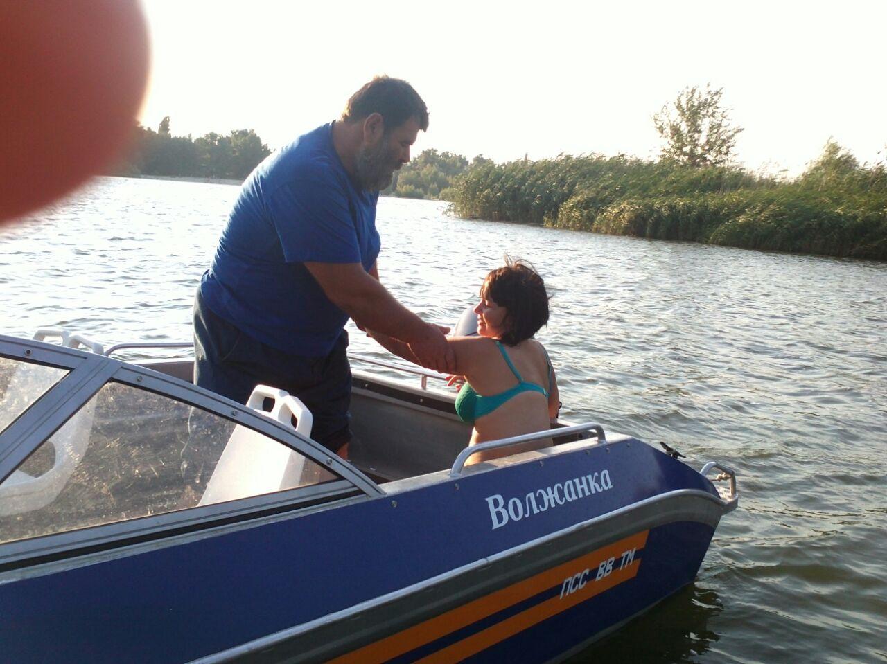 Донские спасатели спасли четырех человек на воде