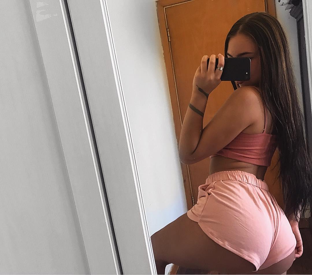 Bisexual porn cumshot