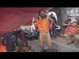 Мир наизнанку - 11 серия, 8 сезон. Праздник в Катманду и дикие джунгли на границе с Индией. Непал.