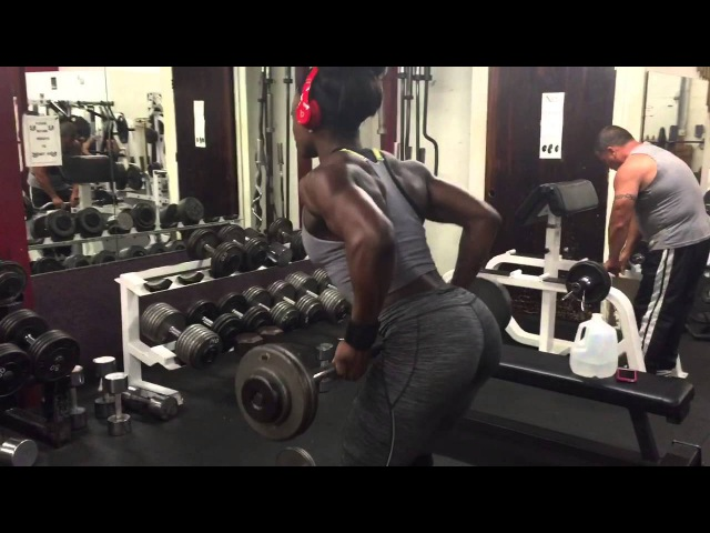 Youngest Figure Pro Shanique Grant: Back Day Barbell DROPSET
