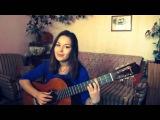 Девушка шикарно поет и играет на гитаре!!! Сама пишет песни!