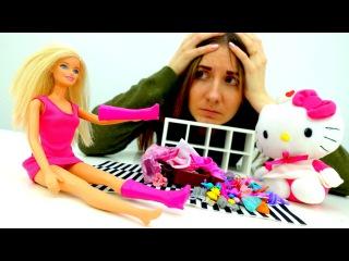 БАРБИ ОПОЗДАЛА НА САМОЛЁТ! Игры для девочек в куклы #Barbie и Хелло Китти #Магия
