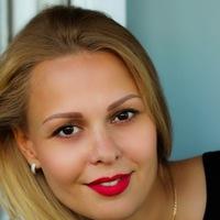 Оленька Плешакова-Михайлова