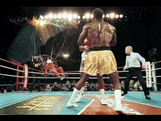 Holyfield vs bowe ii - infamous round 7 parachute incident (boxing)