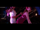 Танец - Анна Кендрик (Anna Kendrick), Обри Плаза (Aubrey Plaza) -