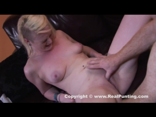 Ебется как тварь ебаная [blonde, perky-tits, bald-pussy, pussy-licking, missionary, petite, doggy-style, reverse-cowgirl]