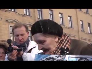 Полиция задержала 85-летнюю старушку