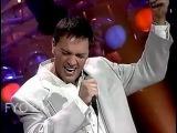 Mario Pelchat - Pleurs dans la pluie (Live En public) 1993
