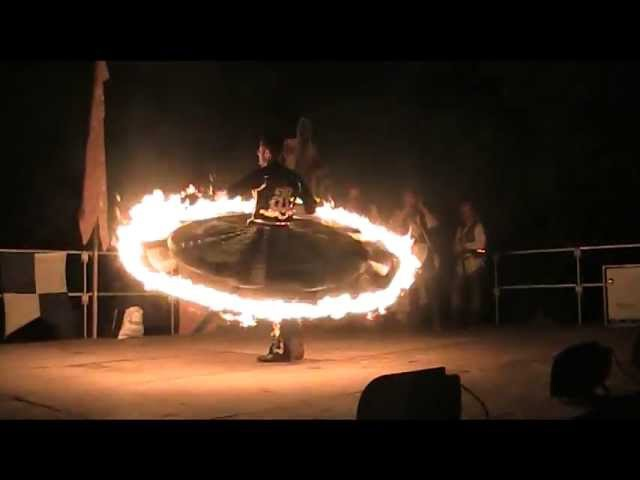 Ibrahim hassan tanoura fire robe en feu © ™ ®